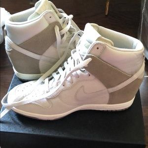 Nike new with tag wedge dunk size 9.5 tennis shoes